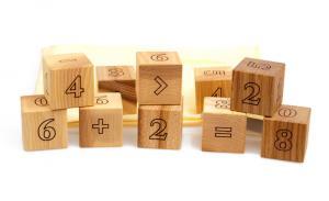 Lernspielzeug Mathematische Holzwürfel